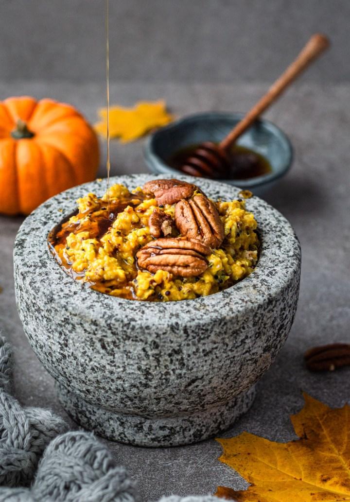 Cosy pumpkin porridge - Fit Foodie Nutter