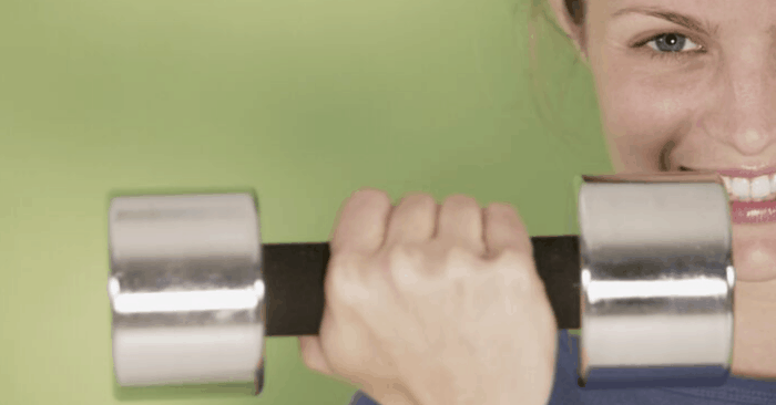 11 Incredible Benefits of Weight Training for Women Over 40