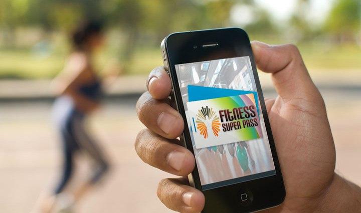 fitness-app-hand