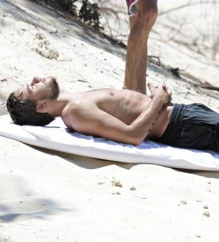 liam-payne-shirtless-surfing203_zpsa0514650