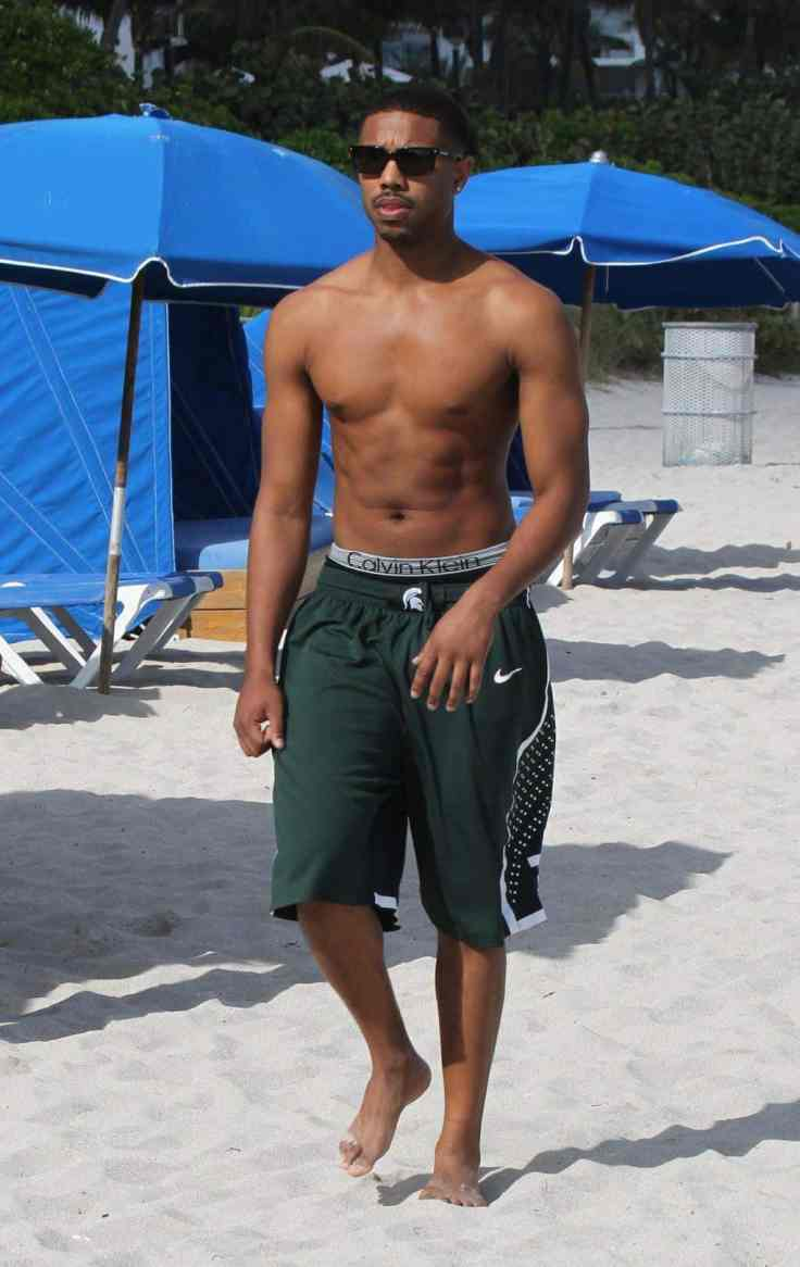 Michael-B-Jordan-enjoyed-some-beach-time-Miami-Beach-January