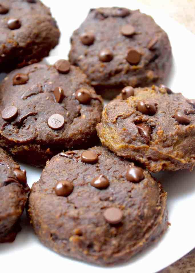 The BEST VEGAN PUMPKIN DESSERTS! Choclate Pumpkin Chickpea Cookies