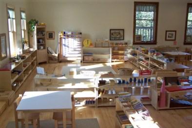 montessori-preschool-classroom