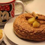 Pancake di riso soffiato e mele
