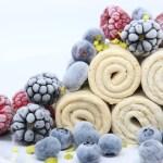 Roll alla vaniglia e frutti di bosco