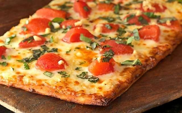 Figure Flattering Flatbread Pizza