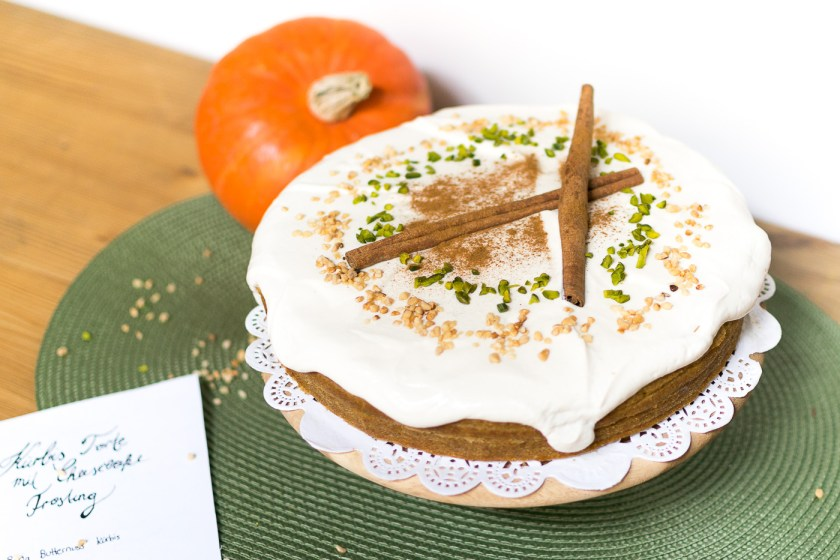 Pumpkin Pie with Cheesecake Frosting