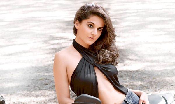 south indian actress Taapsee Pannu