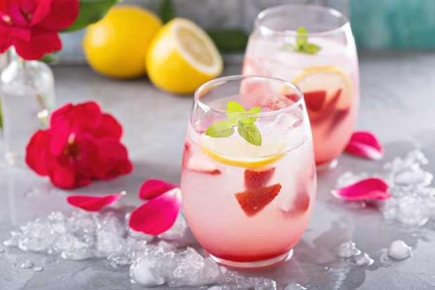 Rose Water and Lemon juice fresh face pack
