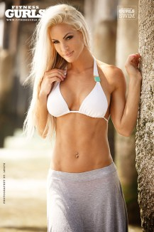 claire-rae-fitness-gurls-07