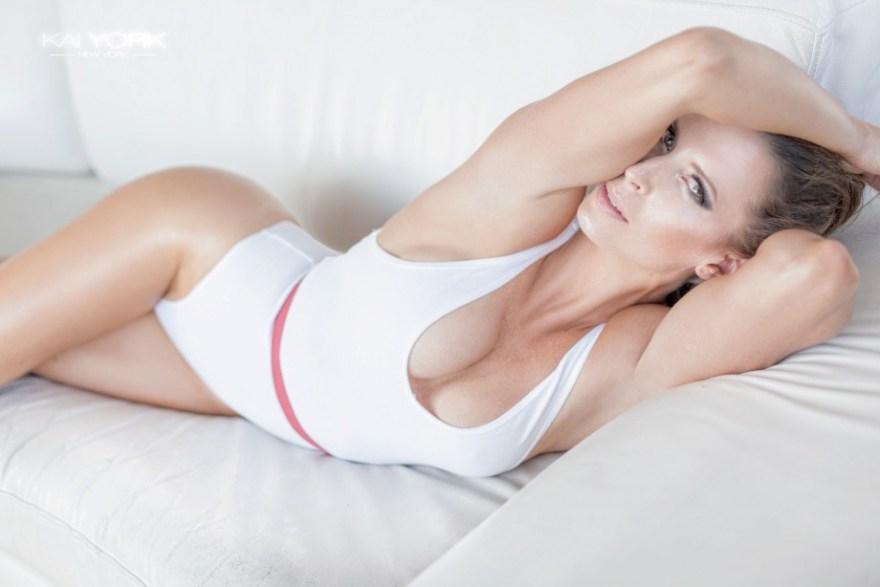 nadine-dumas-kai-york-fitness-gurls-03