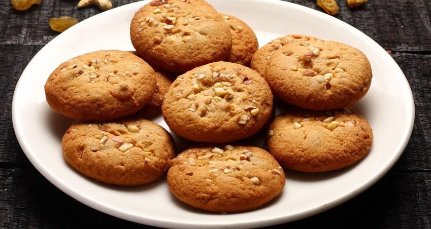 Almond cookie dough bar FI