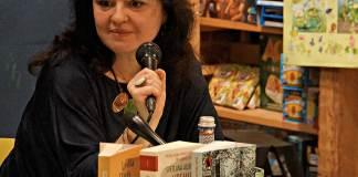 Luana Schidu la Librăria Cărturești Verona