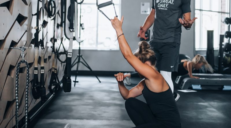 Hot to sell perosnal training on the gym floor