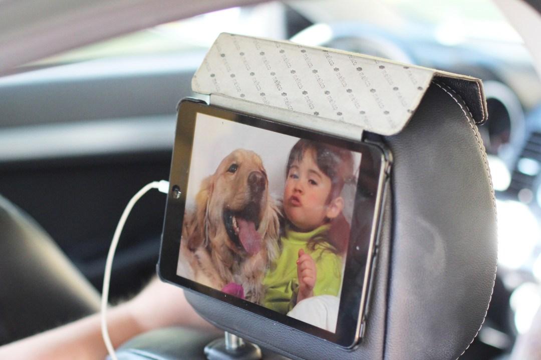 Maak zelf een tv-scherm in de auto
