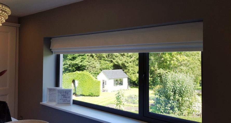 Roman blind fitted in Oxfordshire