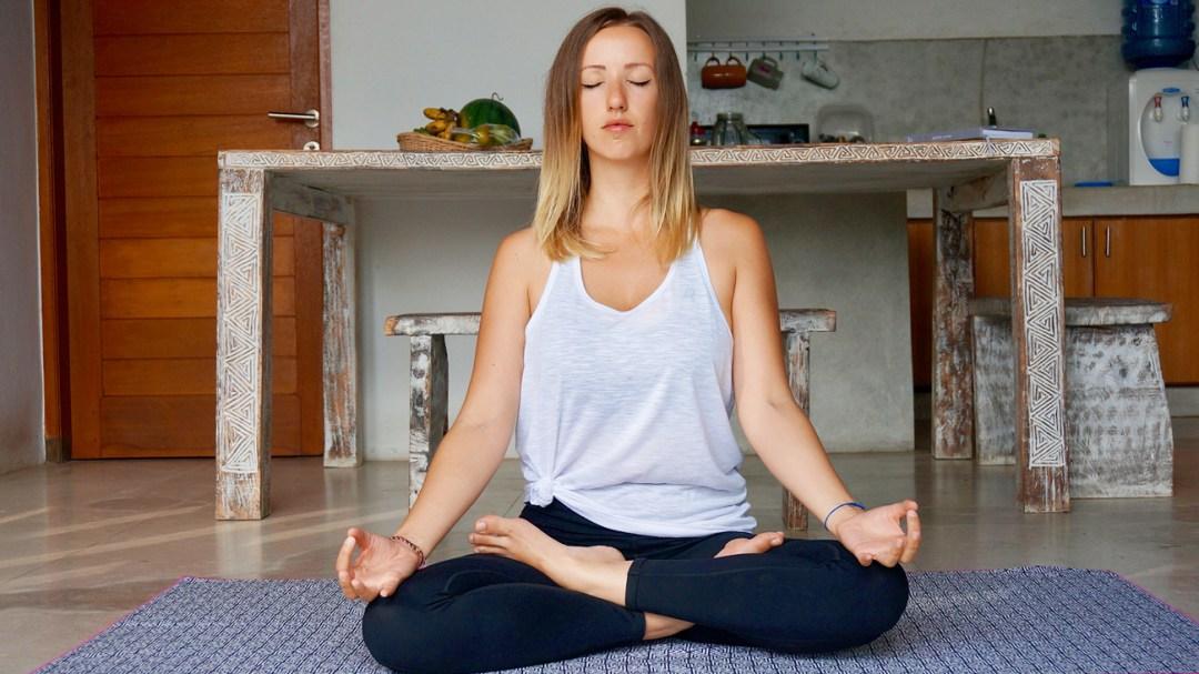 yoga-fit-your-dreams-salutation-soleil