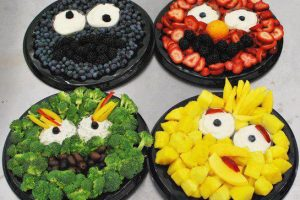 Sesame Street Fruit and Veggie Platters for the Kids - Too Cute!
