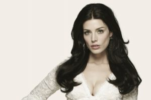 Mad Men Workouts: Jessica Paré as Megan Draper
