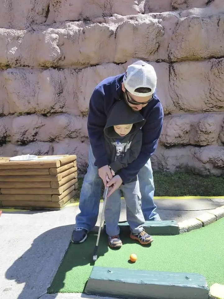 things to do in myrtle beach south carolina mini golf