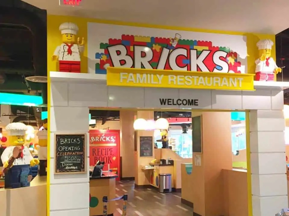 on-site dining at the Legoland Florida Hotel