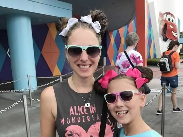 packing tips for walt disney world sunglasses
