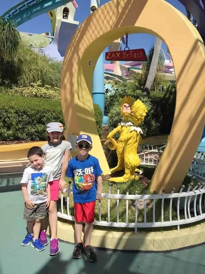 Zax by Pass seuss landing