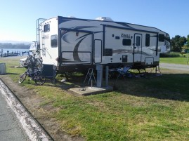 Pinto Lake RV Park, Watsonville, CA