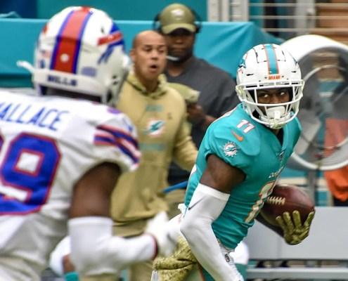 Miami Dolphins: Devante Parker turned back the clock Sunday