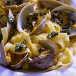 Tagliatelle with clams and saffron broth recipe