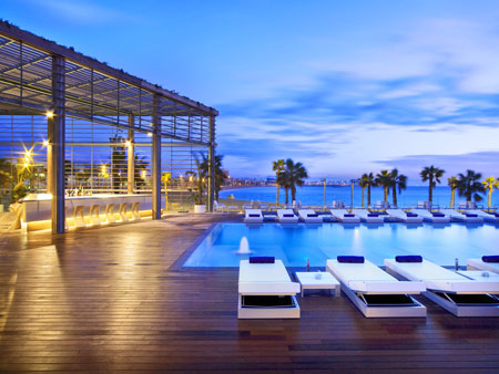 Cool Pools: W Barcelona | Five Star Alliance