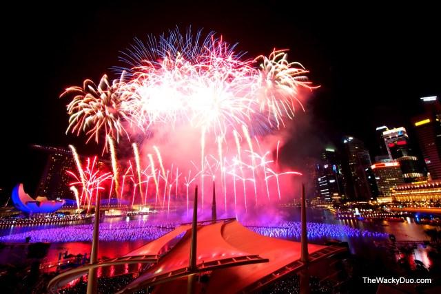 Marina Bay Countdown 2013 fireworks 148