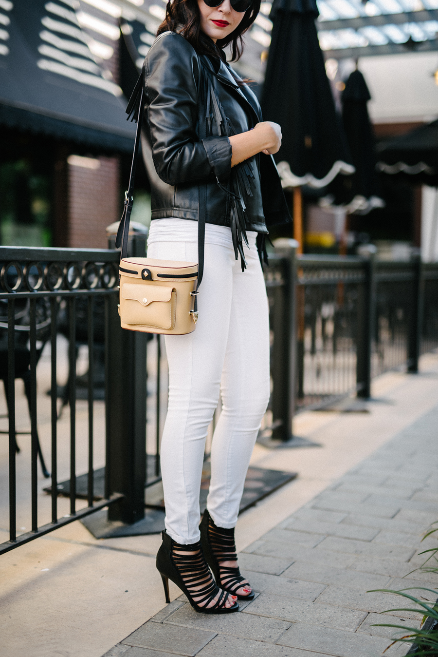 FIXIN-TO-THRILL-EXPRESS-FRINGE-LEATHER-JACKET-REBECCA-MINKOFF-TREND-CARLOS-BARRON-FALL-OCTOBER-ATX-AUSTIN-STYLE-BLOG-FW15-TRENDY-CHIC-GLAM-FASHION-TEXAS-6