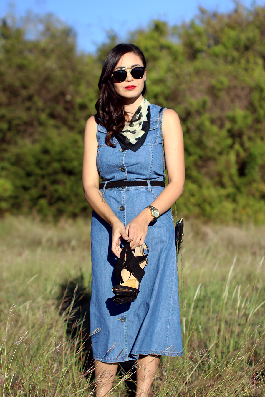 FIXIN-TO-THRILL-PINK-SILVER-FASHION-DENIM-DRESS-STRAPPY-HEELS-TREND-FALL-OCTOBER-ATX-AUSTIN-STYLE-BLOG-FW15-TRENDY-CHIC-GLAM-TEXAS-10