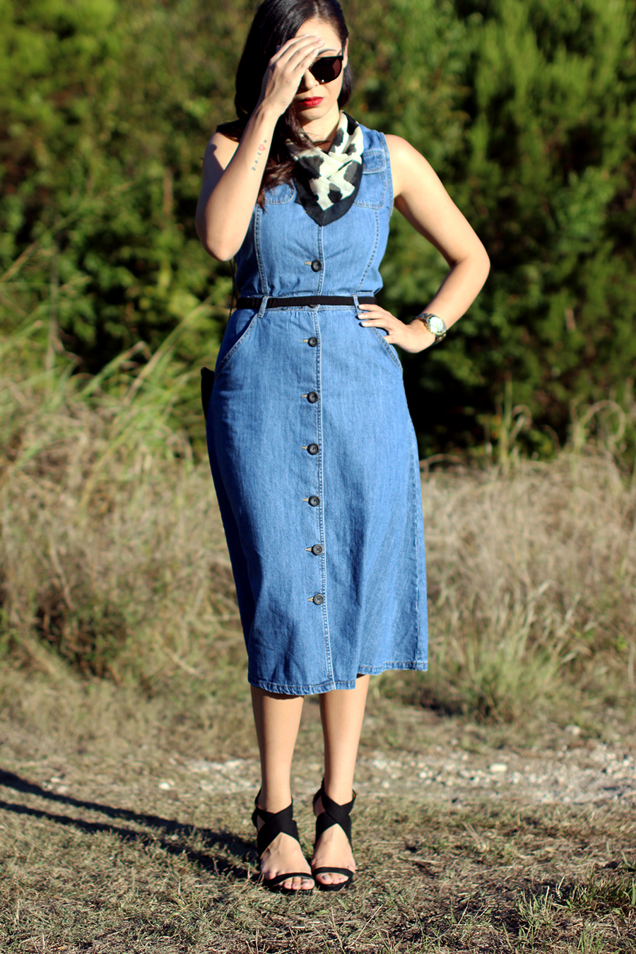 FIXIN-TO-THRILL-PINK-SILVER-FASHION-DENIM-DRESS-STRAPPY-HEELS-TREND-FALL-OCTOBER-ATX-AUSTIN-STYLE-BLOG-FW15-TRENDY-CHIC-GLAM-TEXAS-3