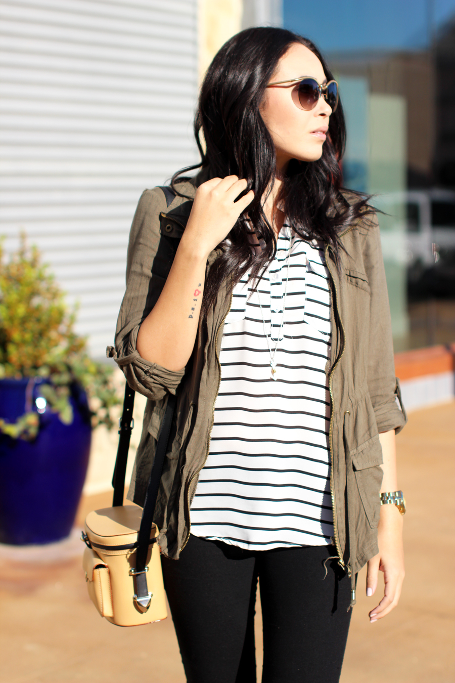 FTT-CARGO-JACKET-SHOPPING-HILL-COUNTRY-GALLERIA-SKINNY-JEANS-STRIPES-3