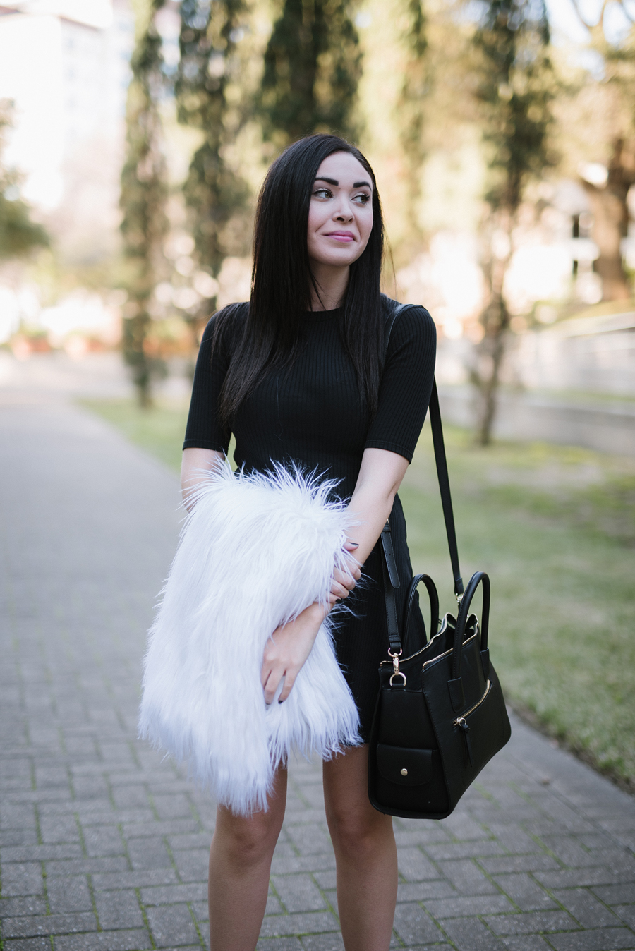 FTT-FAUX-FUR-VEST-LBD-ZARA-DRESS-KUSHY-FOOT-4