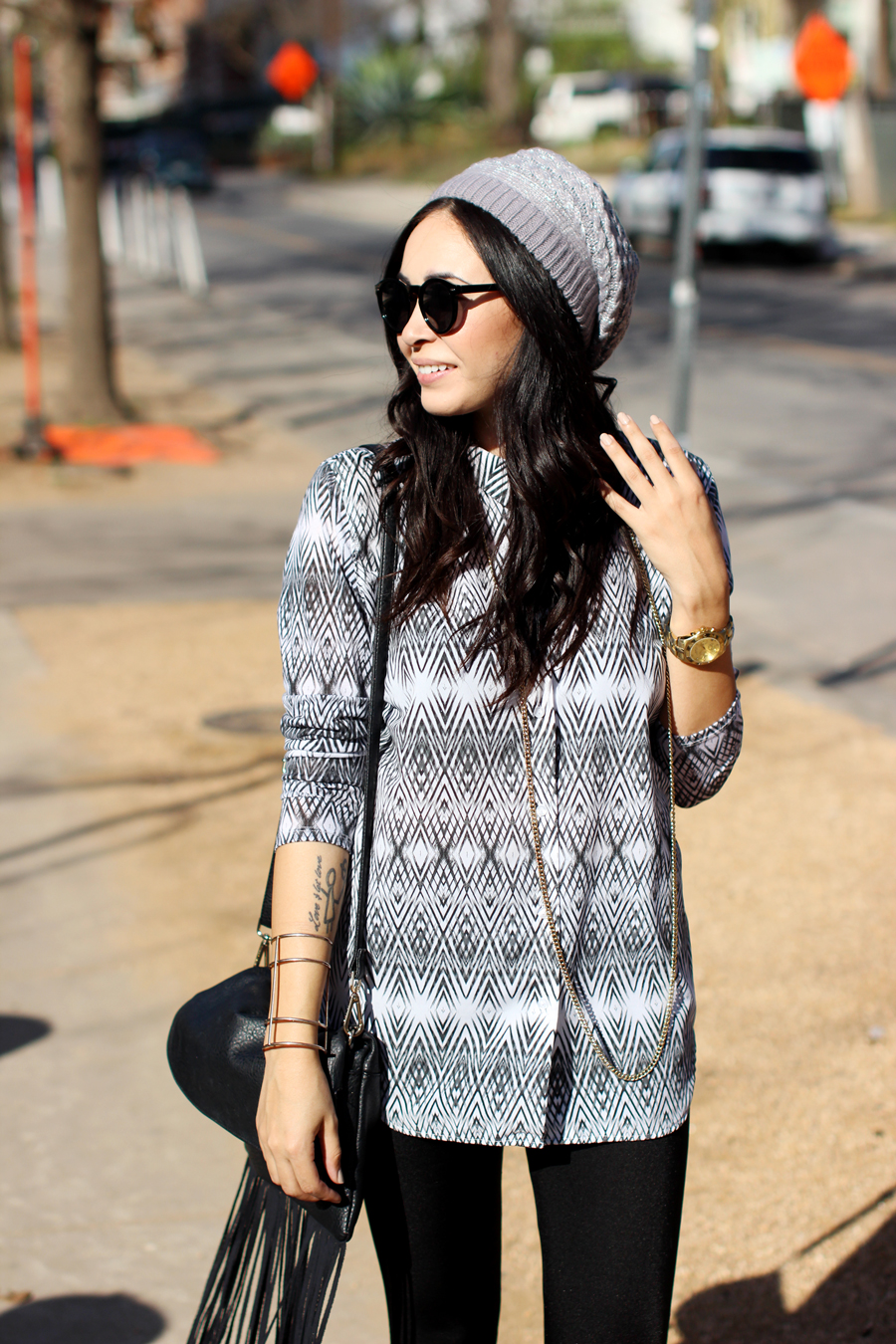 FTT-SLOUCHY-BEANIE-RAINEY-STREET-LIQUID-LEGGINGS-8