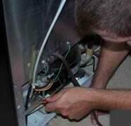 Professional Refrigerator Repair Man