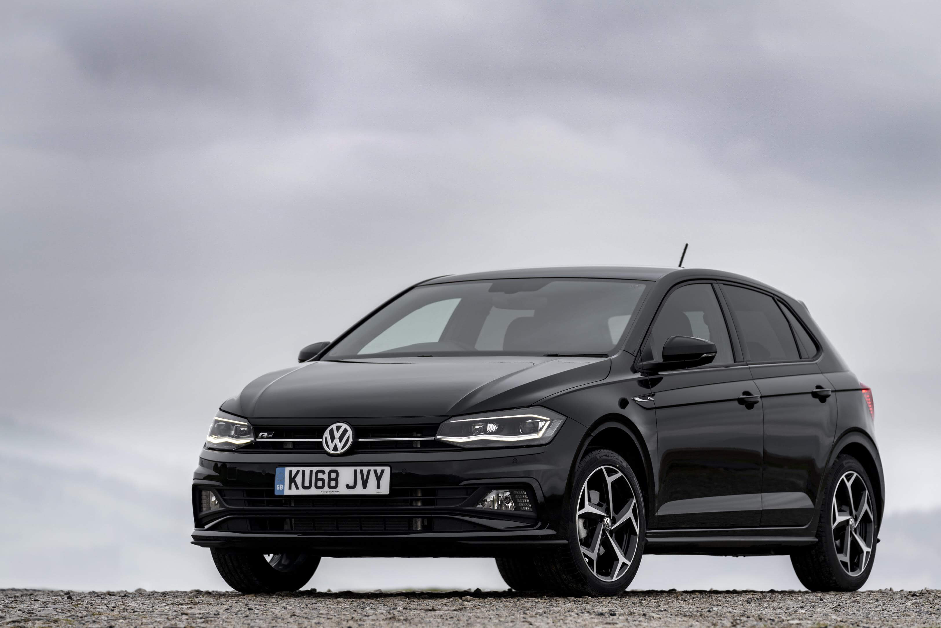 volkswagen polo named best supermini of 2019 fixter blog. Black Bedroom Furniture Sets. Home Design Ideas