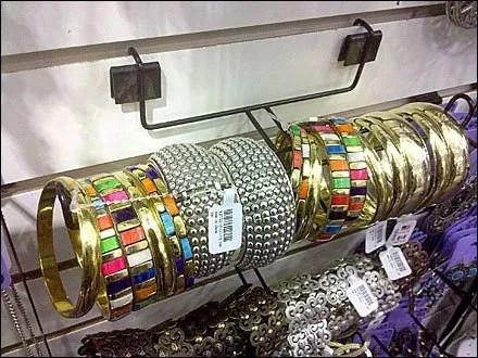Jewelry Slatwall T-Hook
