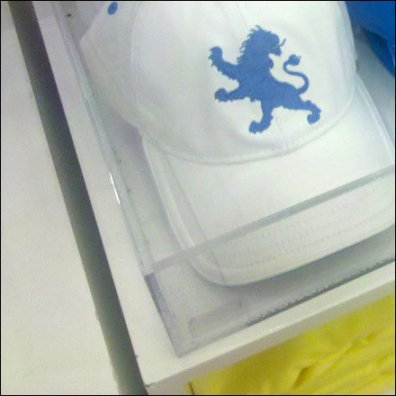 Hats Upscale in Acrylic Tray Detail