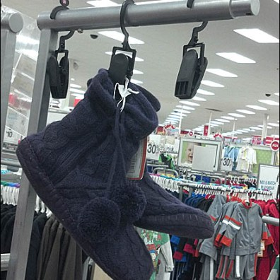 Shoe Clothes Pin Display Main