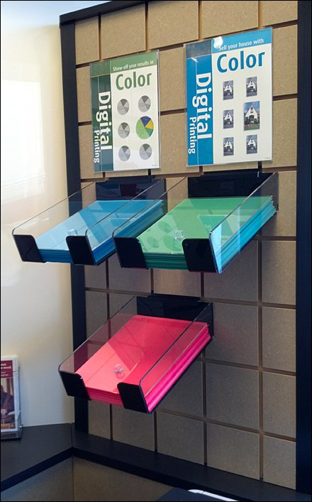 Paper Well-Presented Slatwall Trays