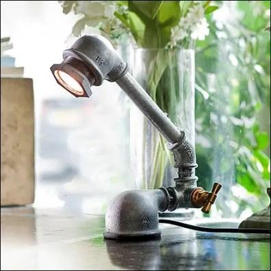Kozo Iron Pipe Lamp Closeup