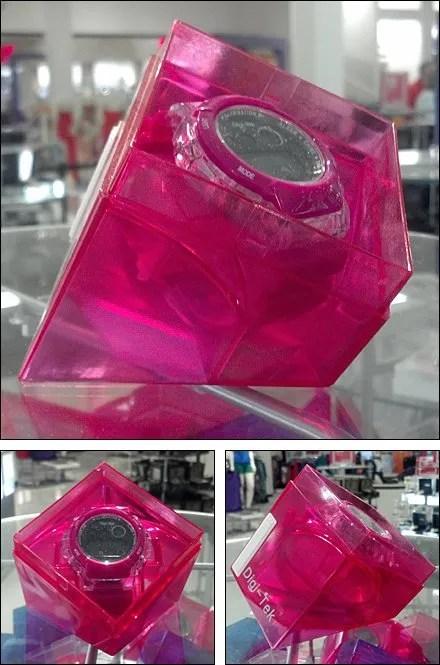 Truncated Cube Self-Merchandiser