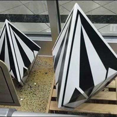Die-Cut Heptrahedra As 3D point of purchase display Main