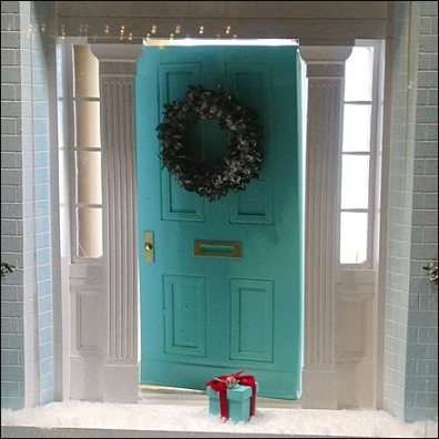 Tiffany Christmas Door Gift 0