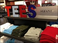 3D Tees Merchandising Sign