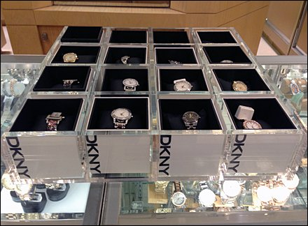 DKNY Logo as Display Mantra for Watch Tray